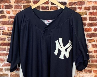 Vintage New York Yankees Men's XL Jersey made by Majestic