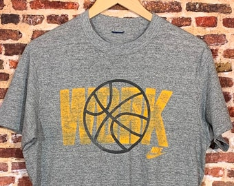 "Vintage 80's Nike ""Blue Tag"" Men's Medium Basketball Tee Shirt RARE"
