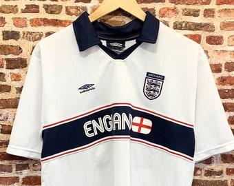 Vintage England Soccer Men's Large #10 Jersey made by Umbro