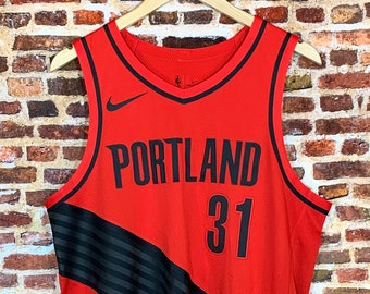 Game Worn Seth Curry Portland Trail Blazers 2018/19 Season Alternate Statement Edition Jersey made by Nike (Autographed on Back Numbers!)