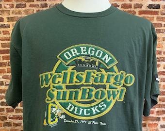 Vintage OREGON DUCKS Football 1999 Sun Bowl Men's Large Tee Shirt RARE