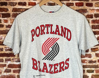 Vintage Early 90's Portland Trail Blazers Men's Small Tee Shirt made by Swingster