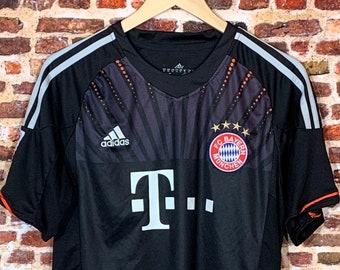 FC Bayern Munich Youth XL (18-20Y) Jersey RARE made by Adidas