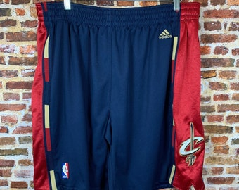 Vintage Cleveland Cavaliers Men's Size 40 Authentic On Court Shorts RARE made by Adidas