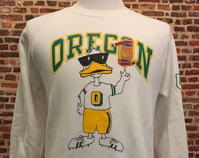 Featured listing image: Vintage OREGON DUCKS Football 1990 Freedom Bowl Men's Medium Crewneck Sweatshirt RARE