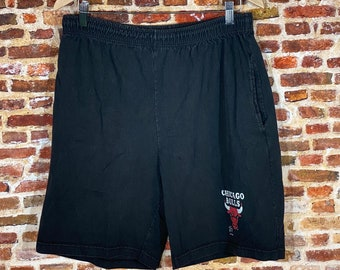 Vintage Early 90's Chicago Bulls Men's Large Shorts made by Salem Sportswear