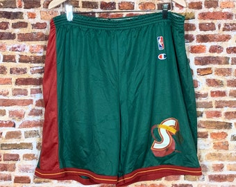 Vintage Seattle Super Sonics Basketball Men's XL Shorts RARE made by Champion