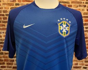 Brazil Soccer Men's Large Training Jersey made by Nike