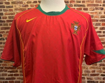 Vintage Portugal National Soccer Team Men's Large 2004 Home Jersey Rare made by Nike