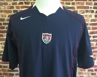 07a9983f Vintage USA SOCCER Men's XL Jersey made by Nike