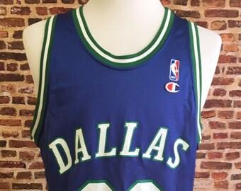 a28e11b321aa Vintage 90 s Jamal Mashburn Dallas Mavericks Men s XL (Size 48) Basketball  Jersey RARE made by Champion