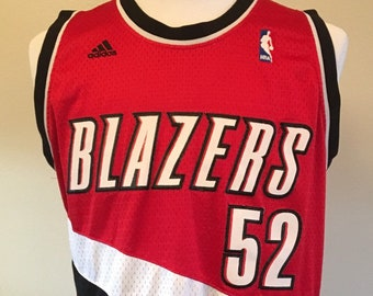 fb9728570867 Vintage PORTLAND TRAIL BLAZERS Greg Oden  52 Men s Medium Authentic Jersey  made by Adidas