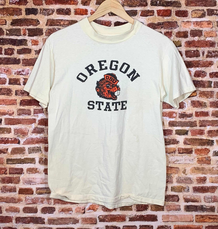 1970s Mens Shirt Styles – Vintage 70s Shirts for Guys Vintage 70s Oregon State Beavers Mens Medium Tee Shirt Rare $17.00 AT vintagedancer.com