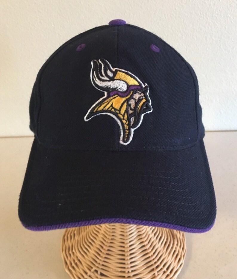 c5e0e50e61117 Vintage 90s MINNESOTA VIKINGS Rare Fitted Hat Cap made by
