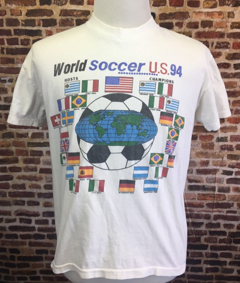 90c00df7e Vintage 1994 WORLD CUP Men s Large Tee Shirt RARE Usa