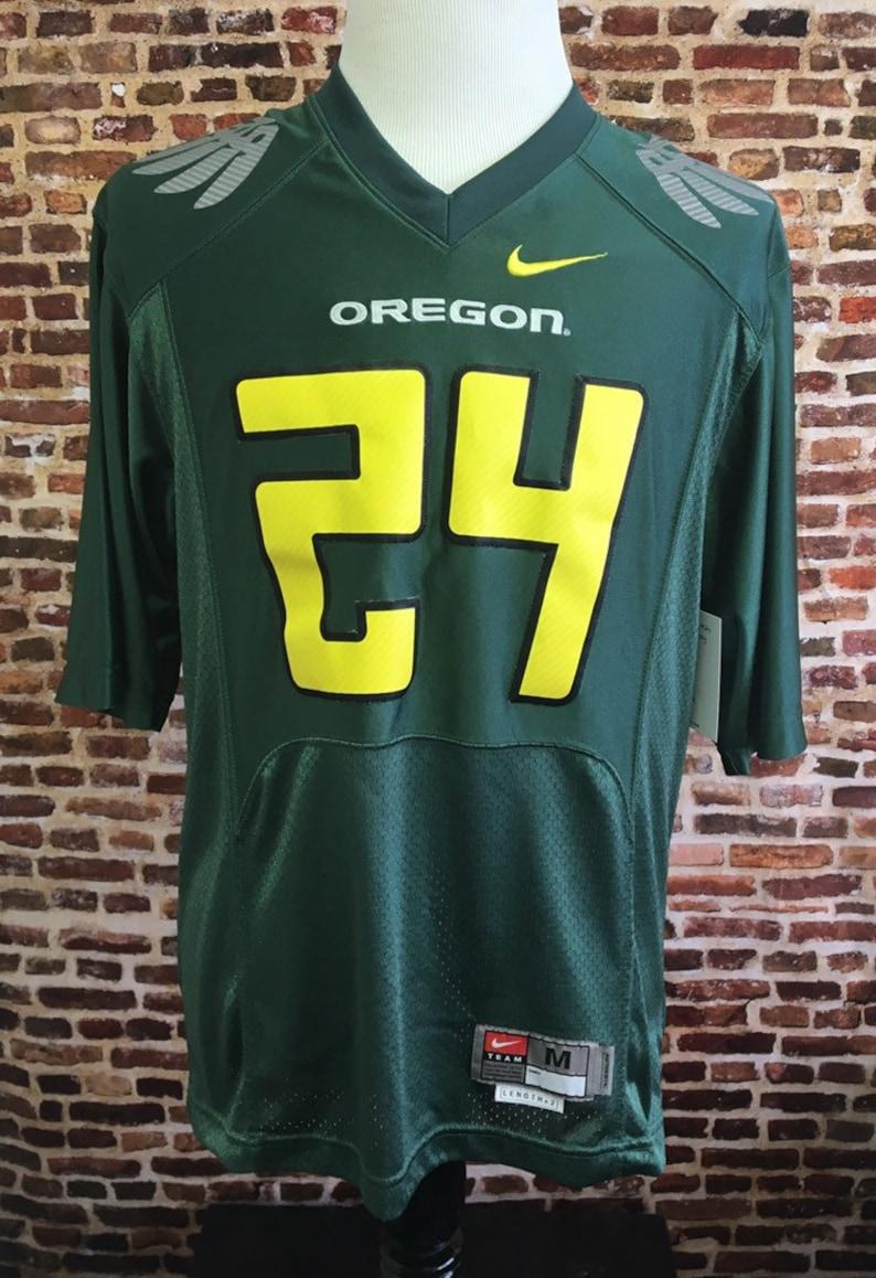 0545848fd0e3f Vintage OREGON DUCKS Football Men's Medium Nike Sewn Jersey RARE #24  Authentic