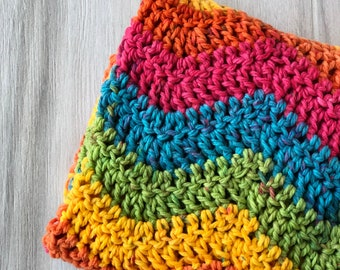 Chunky Crochet Baby Blanket in Rainbow