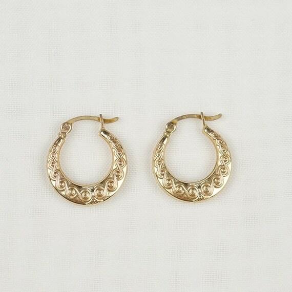 Vintage Gold Spiral Hoop Earrings