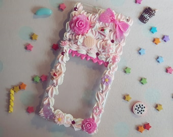 Fits iPhone 6S+ / Handmade decoden phone case / Flowers and sweets