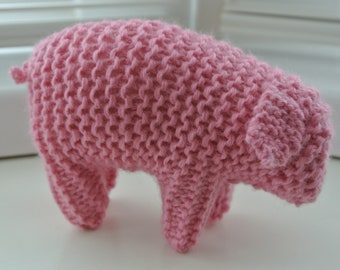 Knitted Pig in Steiner Waldorf Style