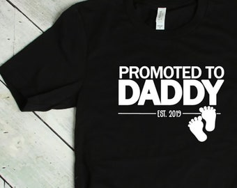 6a2396f97 Promoted To Daddy Shirt, Fathers Day Gift, Pregnancy Announcement to Dad,  Baby Shower Gift, Dad Gift, First Time Dad,