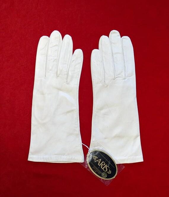 Aris Bone White Leather Gloves ~ Size 8 - image 2