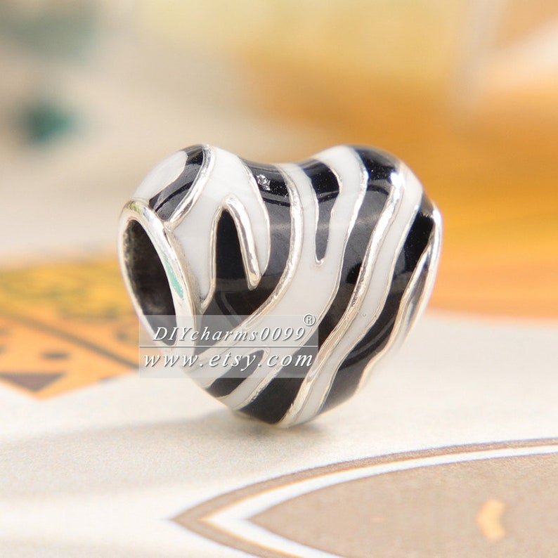 2019 Summer Release Sterling Silver Wild Stripes Charm With Enamel Charm Beaded Fits All DIY European Bracelets Necklaces