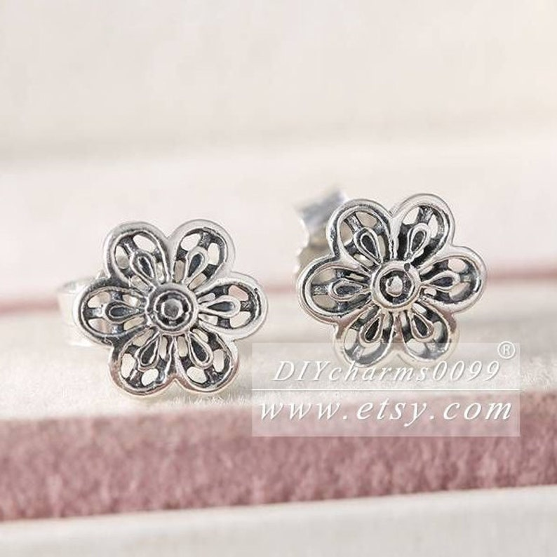 2016 Spring Release S925 Sterling Silver Floral Daisy Lace Stud Earrings