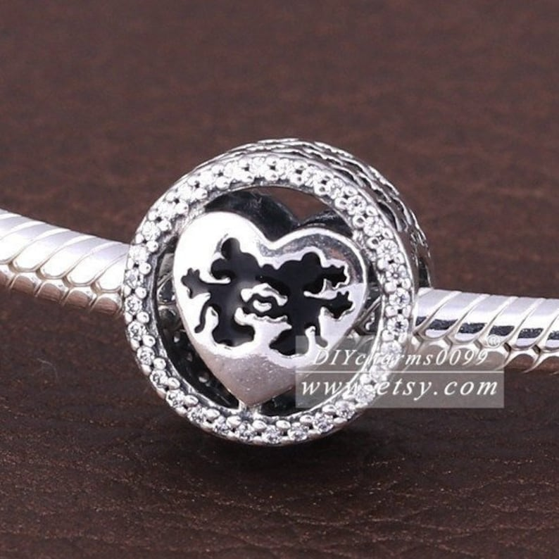 2016 Winter Release Sterling Silver Dis Mickey /& Minnie Love with Clear CZ Button Charm Beads Fits European DIY Bracelets Necklaces