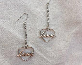 Minimal Love drop earrings