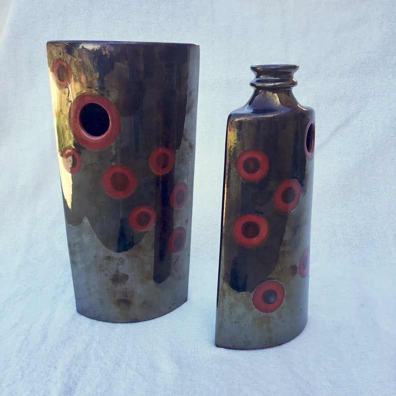 Red circle vases Vintage Pier One bold color home decor Dramatic chocolate brown /& bright red bubble dot motif Glazed ceramic vase set