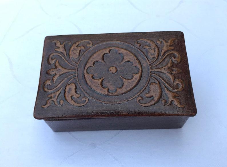 Vintage home d\u00e9cor old leather box trinket box retro leather box storage box decorative box old Jewelry box Vintage brown leather box