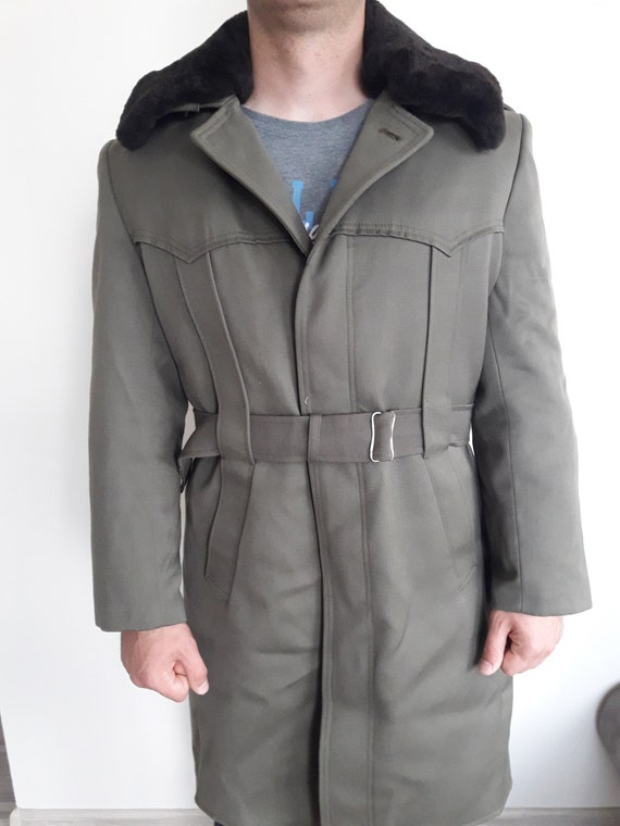 Vintage military greatcoat- Bulgarian Officer lon… - image 3