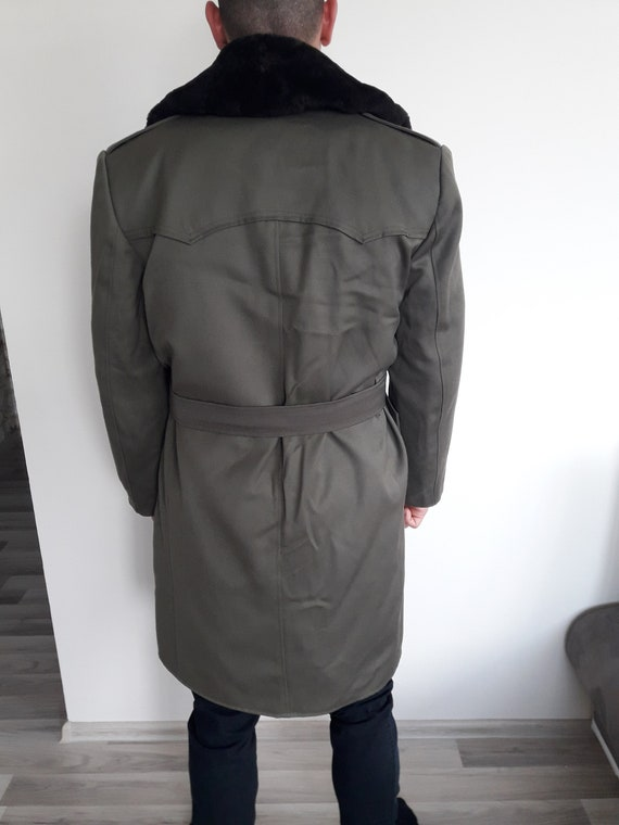 Vintage military greatcoat- Bulgarian Officer lon… - image 6
