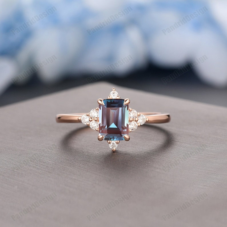 Wedding Anniversary Gift 1.0CT Emerald Cut Alexandrite Promise Ring Alexandrite Ring Rose Gold Color Change Alexandrite Engagement Ring