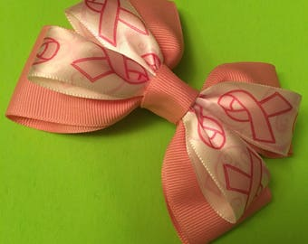 "Double layered bow in ""I Pink I Can!"""