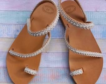 Bridal Flat Sandals, Wedding Sandals, Pearl Bridal Shoes, Leather Sandals, Toe Sandals for bride, Flache Brautschuhe, Beach Wedding