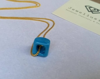 Cube Necklace,  Glass Cube Beaad Necklace, Turquoise Pendant, Cube Turquoise Necklace,  Blue Bead Necklace, Square Glass , 3D Cube Necklace