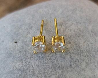 Solid Gold Earrings, 14k Gold Solitaire Earrings, 14k Gold CZ Earrings, Anniversary gift, Bridal Earrings