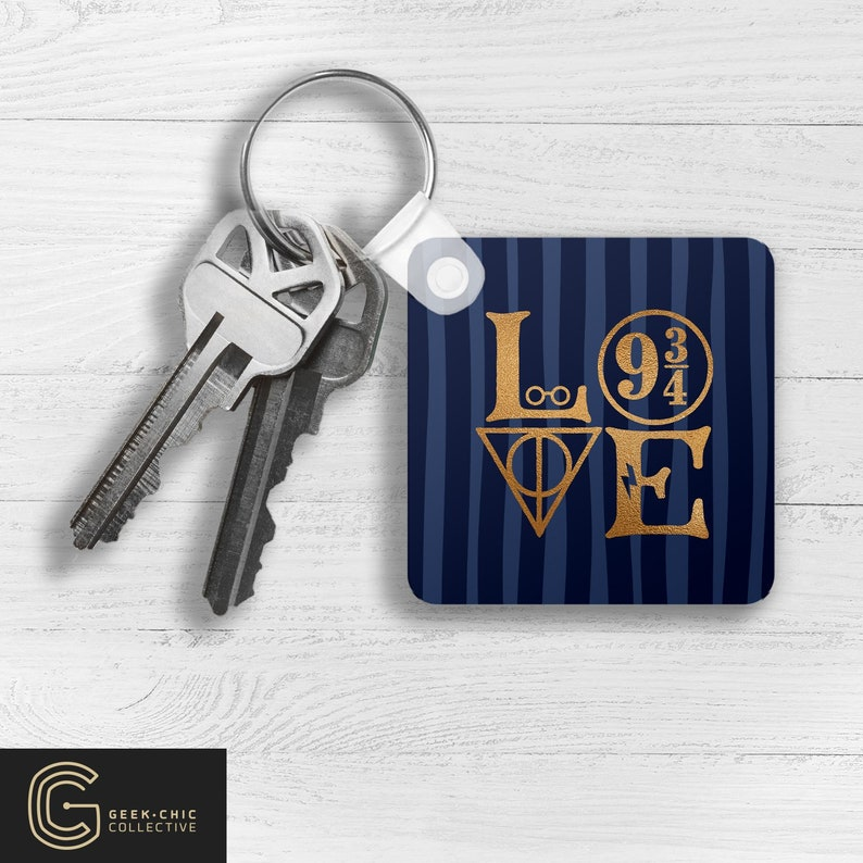LOVE HP-inspired Key Chain: House of Knowledge image 0
