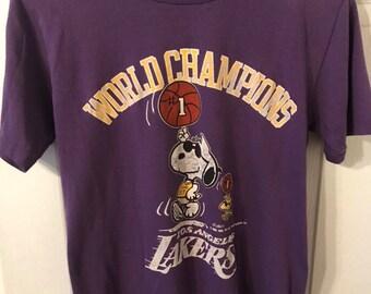 d5456bb2155 Vintage 1987 Los Angeles Lakers Snoopy Championship T Shirt Size Medium
