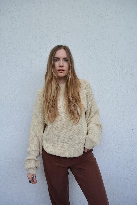 vintage cream sweater / vintage cotton sweater / v
