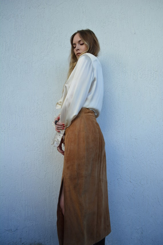 vintage suede skirt / suede midi skirt / camel sue
