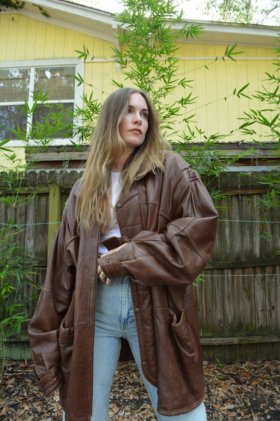 vintage brown leather coat / brown leather winter