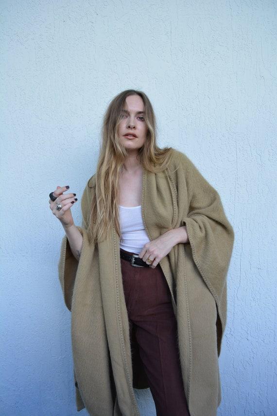 vintage wool shawl / vintage shawl / vintage tan s