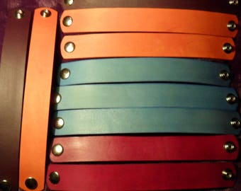 """Br Special Lot of 10 DYED 1"""" wide Tooling LEATHER  BRACELET Blanks with snaps for Youth Crafts, Fundraisers and Vendors. Rounded Ends"""