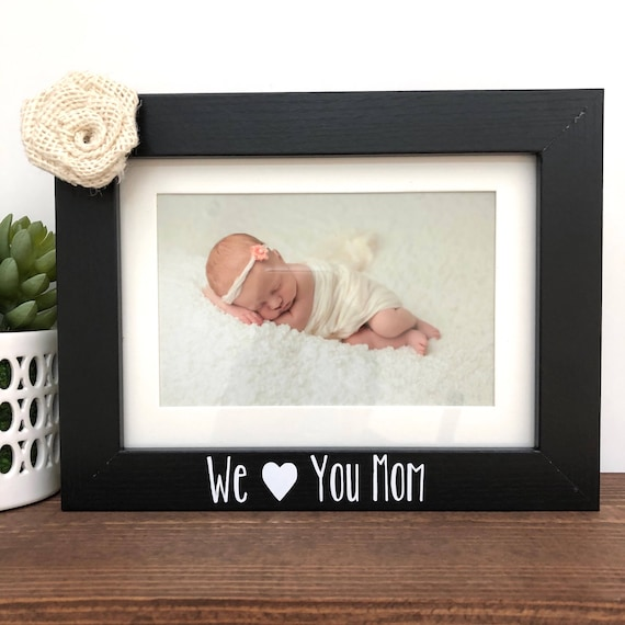 We love you Mom Picture Frame // Mother\'s Day Gift // Mom