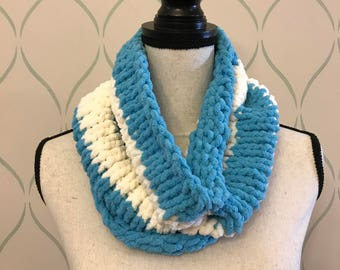 Blue and white chenille knit cowl / Free US Shipping