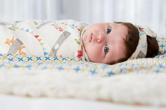 Organic Baby Blanket // Eco Swaddle // Woodland Party // Baby Gift //  Vintage Print // Eco Baby