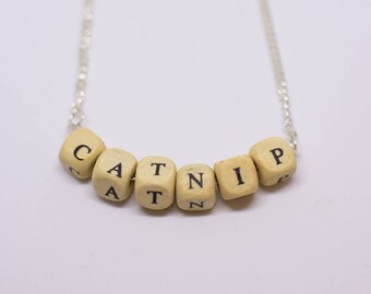 Word necklace (random)